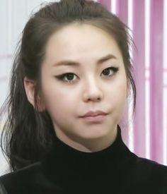 sohee eyeliner make up