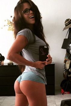Hump Day is a Happy Day! (36 Photos)