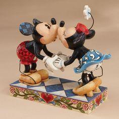 Jim Shore Mickey Kissing Minnie