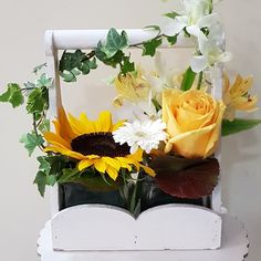 Φρέσκα άνθη για αποστολή λουλουδιών σε όλη την Αθήνα. #αποστολή_λουλουδιων #Ανθοπωλεία #anthemionflowers #online_λουλούδια