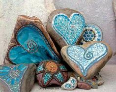 """Teals"" Mosaic Garden Stones by Chris Emmert - I love this mosaic stones ! Mosaic Crafts, Mosaic Projects, Mosaic Art, Mosaic Glass, Mosaic Tiles, Glass Art, Stained Glass, Tiling, Blue Mosaic"