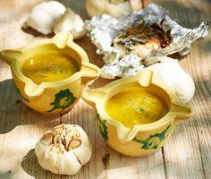 Sültfokhagyma-krém és -öntet - Stahl.hu Pesto, Cantaloupe, Garlic, Fruit, Vegetables, Food, Steel, Essen, Vegetable Recipes