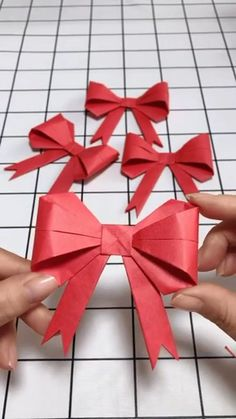 Red Bow Origami Video Tutorial Visit the website to find out more? Red Bow Origami Video Tutorial Visit the website to find out more? Paper Crafts Origami, Diy Origami, Origami Tutorial, Origami Folding, Diy Arts And Crafts, Crafts For Kids, Diy Crafts, Christmas Origami, Christmas Crafts