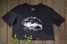 #organiccotton#slowfashion#ethicalfashion#fairtrade Uk Fashion, Ethical Fashion, Slow Fashion, T Shirts Uk, Organic Cotton T Shirts, Mens Sweatshirts, Sustainable Fashion, Crop Tops, Mens Tops