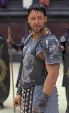 Russell Crowe - GLADIATOR -- one of the best movies EVER!!!!