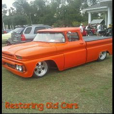 Car show Photo by Robert Roper https://www.facebook.com/pages/Restoring-Old-Cars/247113918740890?ref=tn_tnmn