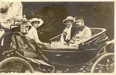 Franz Ferdinand and his wife Sophie Chotek with daughter Sophie