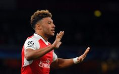 Sebuah kabar buruk datang menimpa Arsenal. Winger andalan mereka, Alex Oxlade Chamberlain terancam absen di Final FA Cup setelah mendapat cedera dini hari tadi.