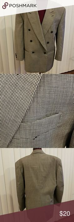Men's double breasted suit jacket Pre loved, nice condition, made in Italy men's jacket. Size 38R. Worn, minor imperfections thus the price. See photo for measuements. Sleeves may have been hemmed. I am not sure. Serie Oro Suits & Blazers Sport Coats & Blazers
