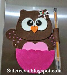 Olá Meninas o que acharam da minha corujinha porta recado fiz me inspirando na corujinha da Pati Guerrato amo o trabalho dela é . Kids Crafts, Owl Crafts, Summer Crafts, Craft Stick Crafts, Diy And Crafts, Quilting Projects, Sewing Projects, Punch Art Cards, Owl Fabric