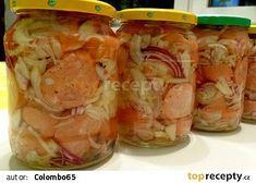 Pickled sausage from Prýglu - Brněnští utopenci z Prýglu recept - TopRecepty. Sausage Recipes, Fresh Rolls, Pickles, Shrimp, Mason Jars, Sandwiches, Food And Drink, Pavlova, Appetizers