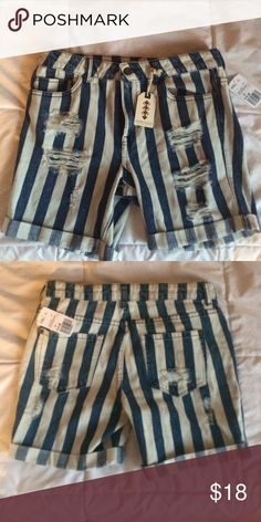 Striped jean shorts ripped Ripped jeans, striped and cuffed Forever 21 Jeans