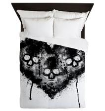 Black Skull Heart Grunge Queen Duvet
