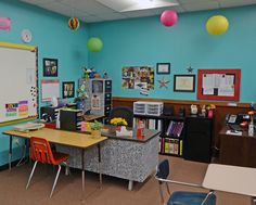 really organized classroom that I intend to steal lots of ideas from for next year
