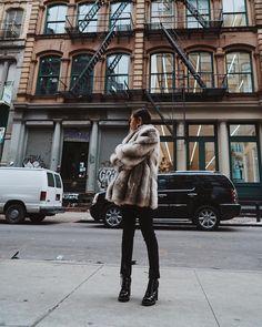 25c4b545c14e2 101 Best Faux Fur coat images in 2019 | Street fashion, Feminine ...