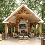 Hot Home Improvement Trends – Outdoor Home Theatre, Rustic style