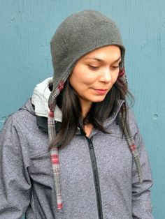 DIY reversible wool hat tutorial. Comes with a free template download too!