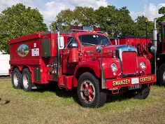 177 YUD  1962  Mack B61SX  Fire Appliance