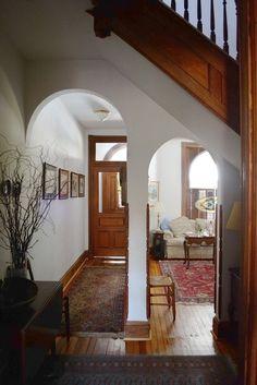 Francina & Joe's Idyllic Townhouse - pretty entry with oriental rugs