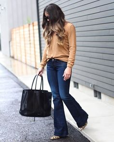 Gotta have flares for fall!  #liketkit #flarejeans #fallfashion #falllook #fallstyle  http://liketk.it/2pews