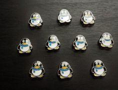 Penguin Floating Charm for Floating Lockets-Gift Idea  #Christmas2016 #christmascharm #christmasjewelry #Floatingcharms #floatinglocket #floatinglockets #livinglocketcharms #Livinglockets #origamichristmas #origamiowlcharms #origamiowllockets #Penguin #penguincharm:separator: