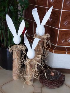 easter decorations 378724649916119130 - 42 Stunning Easter Decorations Ideas 36 Source by elisabethbollig Happy Easter, Easter Bunny, Easter Eggs, Easter Projects, Easter Crafts, Easter Ideas, Spring Decoration, Easter Parade, Spring Crafts