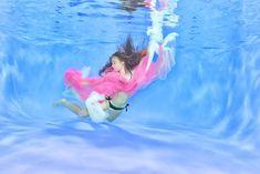 UnterwasserShooting UnterwasserFotografie Water Underwater Photography #unterwasserShooting, #unterwasserFotografie, #water #Babyunterwassershooting #underwaterphotography #babybauch, #unterwasserbabybauch, #unterwasserbabybauchshooting Outdoor Decor, Home Decor, Decoration Home, Room Decor, Home Interior Design, Home Decoration, Interior Design
