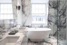 Master Bathroom : Modern bathroom by Roselind Wilson Design