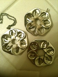 ❀Pop Tab Flower Pendant Tutorial by ambroset1990❀, via YouTube.