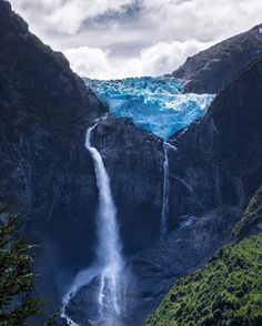 Hanging glacier in Queulat National Park, Patagonia, Chile Beautiful Waterfalls, Beautiful Landscapes, Places To Travel, Places To Visit, Travel Destinations, Parque Natural, Les Cascades, Photos Voyages, South America Travel
