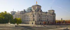 Découvrez tous nos guides de voyage sur Barcelona Cathedral, Louvre, Reichstag, City, Building, Travel, Image, Trips, Viajes
