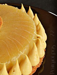 L'idée est partie de la photo d'une tartede Quentin Bailly (vue sur FB), un palet de pommes caramélisées entouré d'unechantilly.  Comme ...
