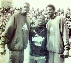 Tracy McGrady, Dwight Howard (yes, it's Dwight Howard as a teen) & Kobe Bryant. Rarest NBA Photo EVER!
