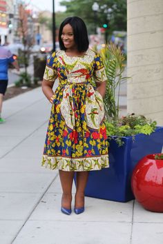 Beese's Eats: Appioo African Bar & Grill Short African Dresses, Latest African Fashion Dresses, African Print Dresses, Ankara Fashion, Short Dresses, African Print Clothing, African Print Fashion, Africa Fashion, Tribal Fashion