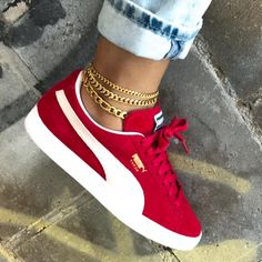 "4,924 Likes, 71 Comments - JLANI Jewels (@jlanijewels) on Instagram: ""Gold anklet layers. ♥️⚡️✨