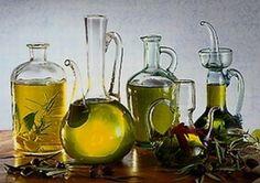 OLIO DI OLIVA EXTRAVERGINE MOLISE DOP - presenta un colore giallo dorato intenso con caldi toni verdolini, un odore fruttato medio ed un sapore fruttato con delicato sentore di amaro piccante. Gli oli extravergini di oliva appartenenti alla denominazione Molise si esprimono al meglio nell'accostamento a primi piatti. Se ne suggerisce l'utilizzo anche come condimento di minestre e zuppe a base di legumi.