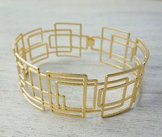 Larsen Thin Bracelet in Gold geometric signature door shlomitofir