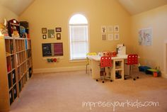 love this room, especially the toddler homeschool nook! I'll have to consider that for Tahlia