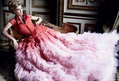 Who Wore It Best: Rosamund Pike & Lena Dunham inGiambattista Valli