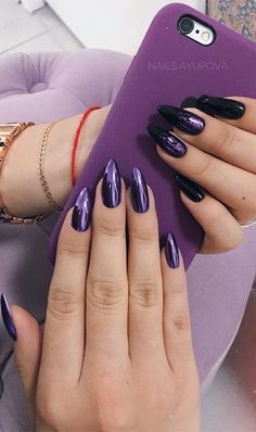 17. Sophisticated Purple Chrome & Black Nails Looking for more unique nail art? If so, this idea could be perfect for you. The nails... Purple Chrome Nails, Dark Purple Nails, Violet Nails, Purple Acrylic Nails, Black Nails, Black Claws, Black Manicure, Purple Nail Designs, Nail Art Designs