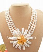 free ship !!! natural white freshwater pearl shell flower pendant floral clasp necklace