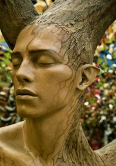 This Tree spirit wood carving is so incredibly life like. What an amazing talent! I would love one of these!♥