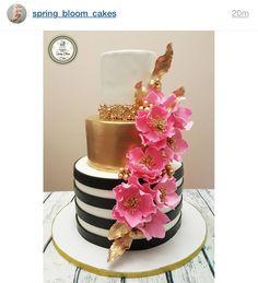Dummy Cake, Quinceanera Cakes, Sugar Flowers, Cake Flowers, Elegant Cakes, Photo Booth Props, Fancy Cakes, Cake Decorating, Baking