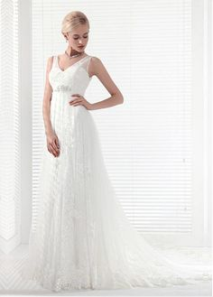 Fabulous Tulle V-neck Neckline A-line Wedding Dresses With Lace Appliques & Beadings