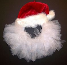 inspiring DIY tulle wreath ideas Santa tulle wreath red hat