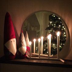 Nu är det god natt som gäller - så god natt på er alla!   #tomtenisse #jul #joulu #christmas #inredning #heminredning #inreda #interiör #interior #interiør #sisustus #emjulen2015 #hemmahoserikmaki