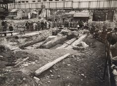 The Temple of Mithras excavation site in Photograph: Museum of London Maev Kennedy Experts hope to recover memories of site wh. Ancient Rome, Ancient History, Culte De Mithra, Roman Britain, Empire Romain, London History, London Museums, Old London, Vintage London