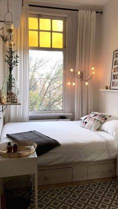 Bedroom Apartment, Apartment Bedroom Design, Small Bedroom Ideas For Couples, Apartment Bedroom Decor, Apartment Design, Studio Apartment Design, Small Apartment Bedrooms, College Bedroom Decor, Apartment Decor