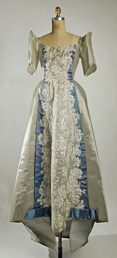 Filipino gown with butterfly sleeves - Late 19th century to early 20th century.