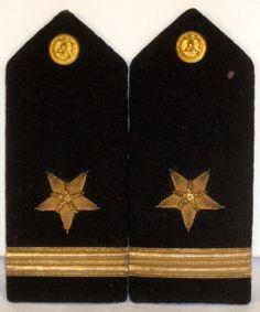 US Navy Naval USN Male Ensign Line Officer Shoulder Boards Bullion N. S. Meyer